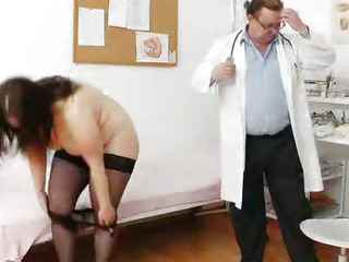 Bigbreasted matured ob gyn exam