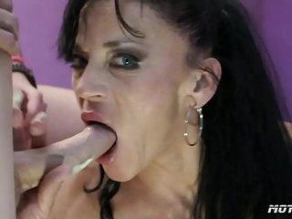 hot-motocat - Mature mom anal gangbang