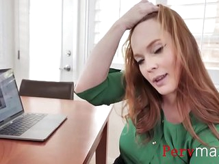 Giving her son a taste of real pussy- Summers Hart
